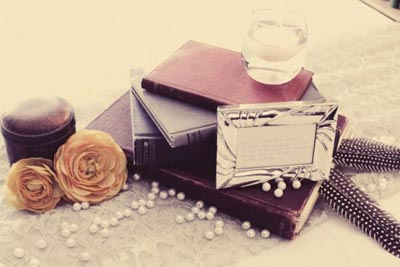 Books-and-Candles-Centerpiece